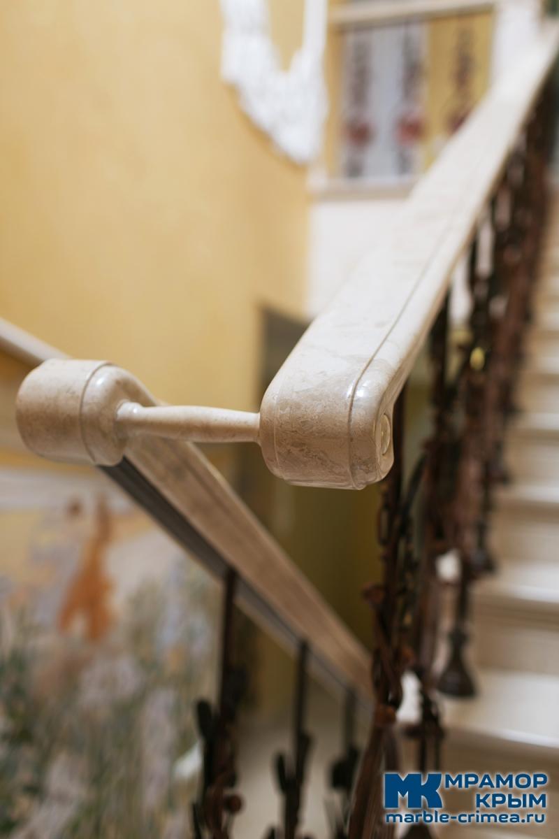 Лестница камень