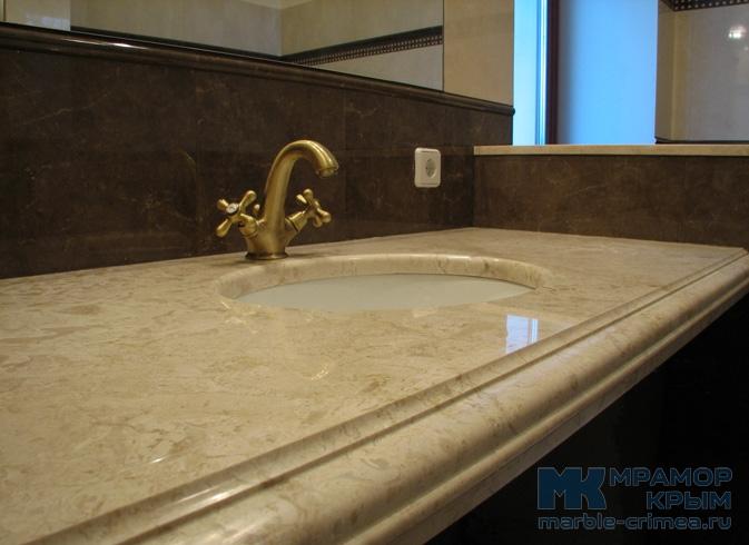 Мраморная столешница в ванную комнату