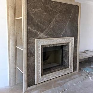 Мраморный камин в стиле ар-деко
